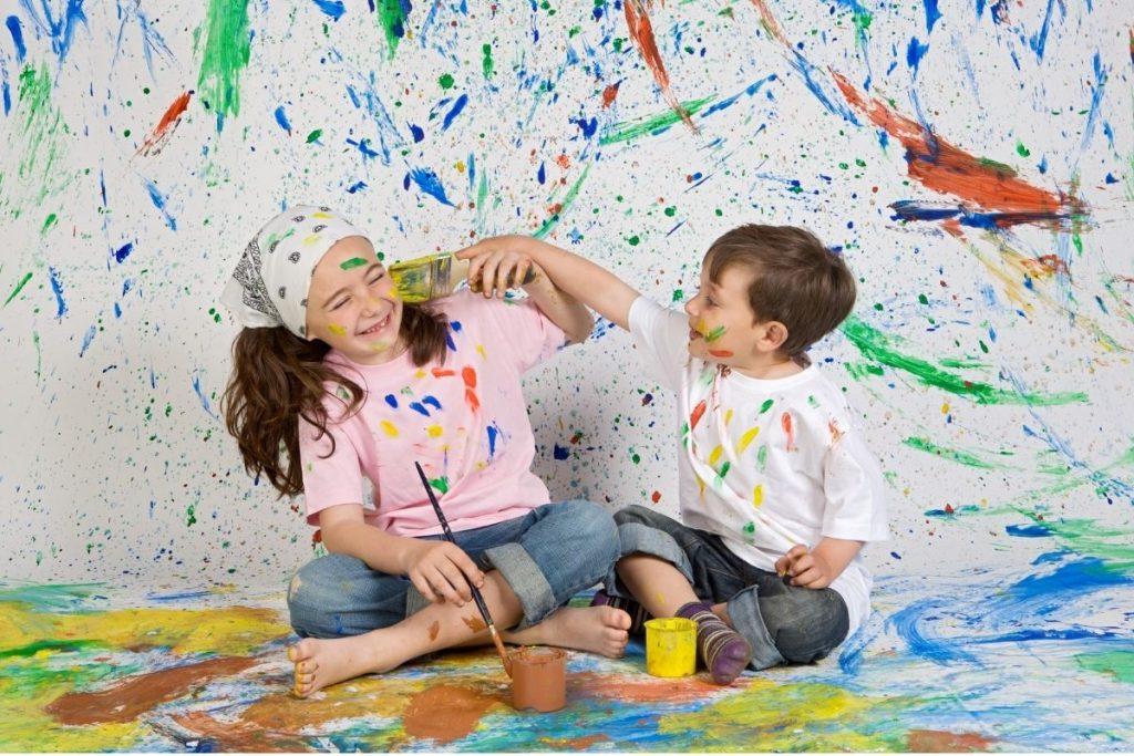 Nagy Gitta pszichológus honlapja lány és fiú festenek